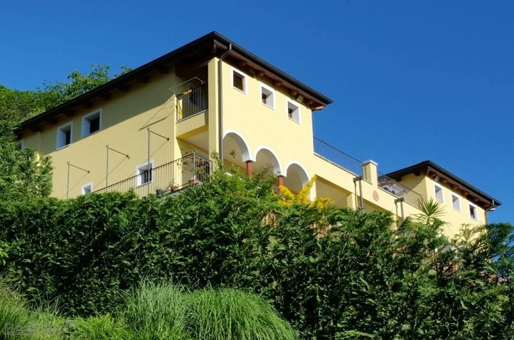 Cottages in Novara For Rent